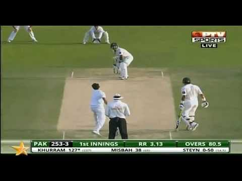 Video: Khurram Manzoor sends a flying kiss to Dale Steyn