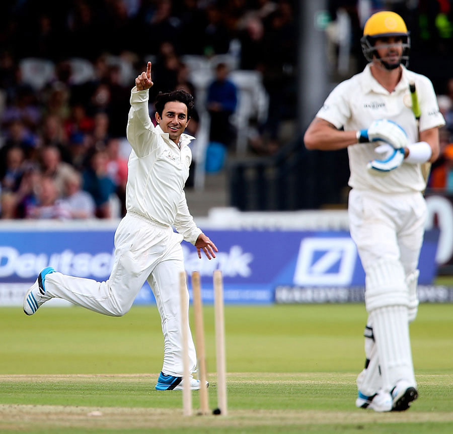 Saeed Ajmal: 22 yards and 15 degrees of England!