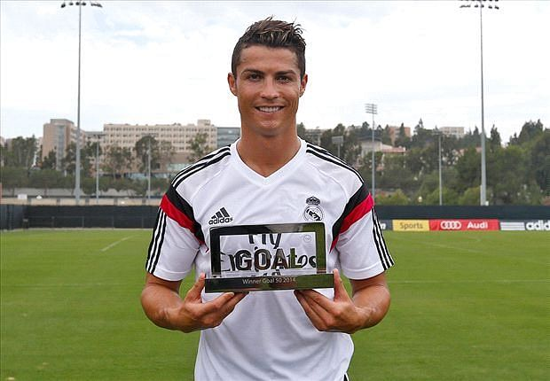 Ronaldo wins 'Goal 50' award for the best player of 2013-14