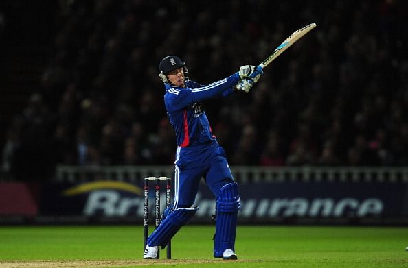 Jos Buttler to replace Matt Prior; Alastair Cook retained as England captain for third Test against India