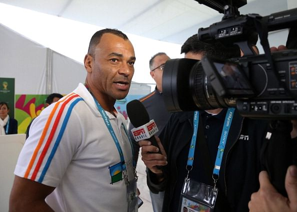 Cafu offers to fill Brazil coaching role under new boss Dunga