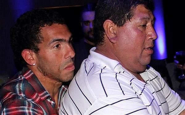 Kidnappers release Carlos Tevez's father after 8 hours