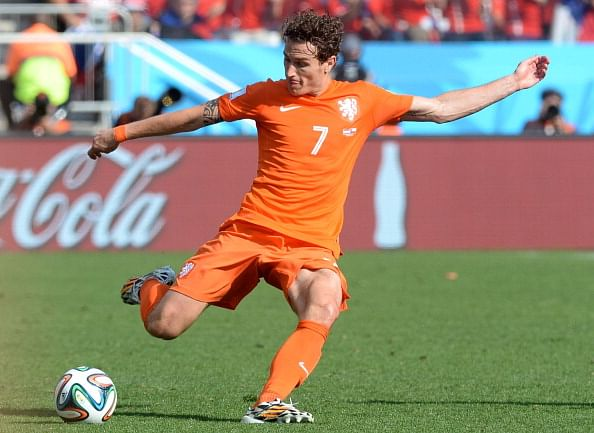 Newcastle enter race for Manchester United target Daryl Janmaat, according to reports