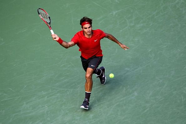 Roger Federer interacts with fans after passing the 2 Million mark on Twitter