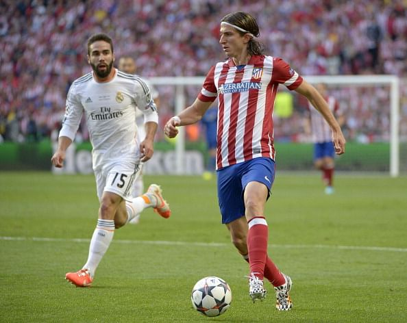 Chelsea sign left back Filipe Luis from Atletico Madrid for £20 million