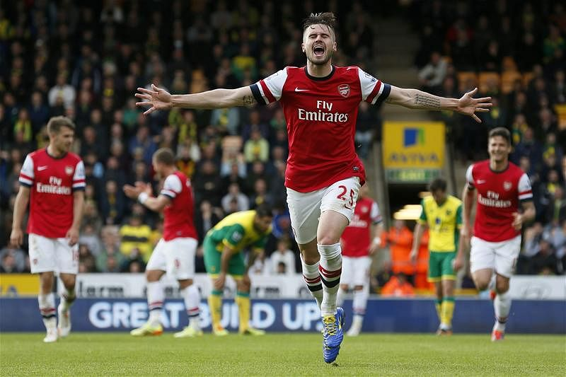 Will Carl Jenkinson leave Arsenal?