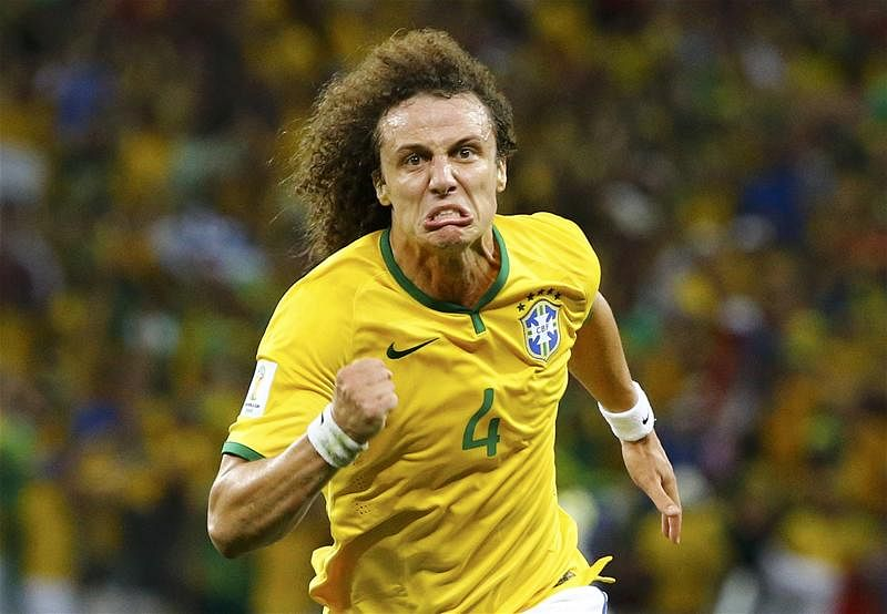 Lucas Leiva hails former Chelsea star David Luiz following stunning Brazil goal against Colombia