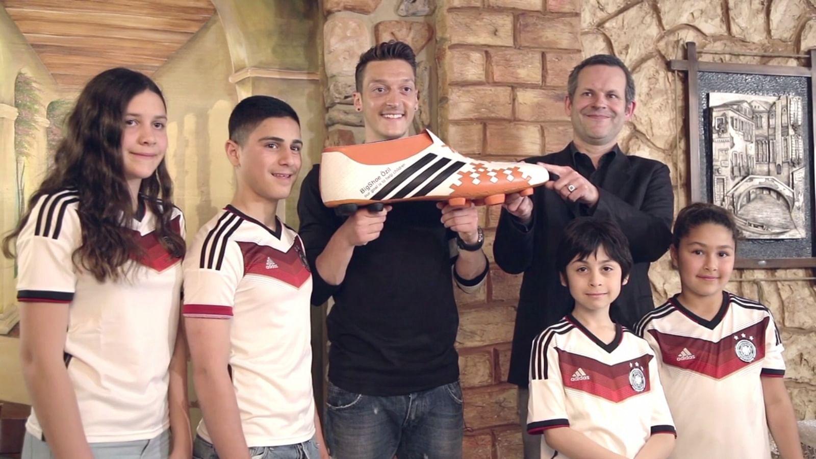 Mesut Ozil donates World Cup