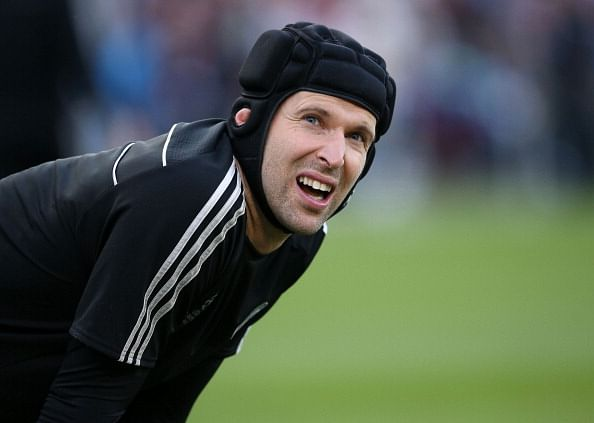 Chelsea goalkeeper Petr Cech unwilling to play second fiddle to Thibaut Courtois