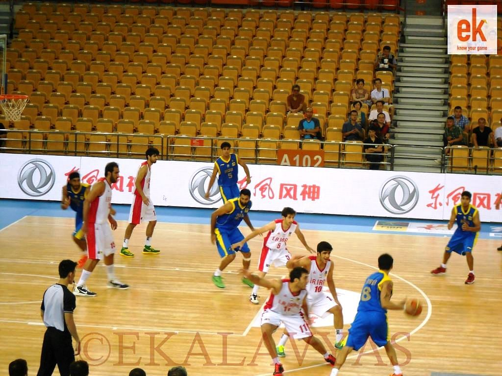 2014 FIBA Asia Cup: Iran beat India to finish second in the group; India still qualify for quarterfinals