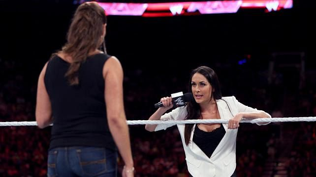 WWE SummerSlam 2014: 3 possible endings for the Stephanie McMahon-Brie Bella match