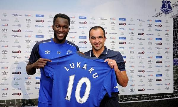 Everton sign Romelu Lukaku from Chelsea for a club record fee £28million