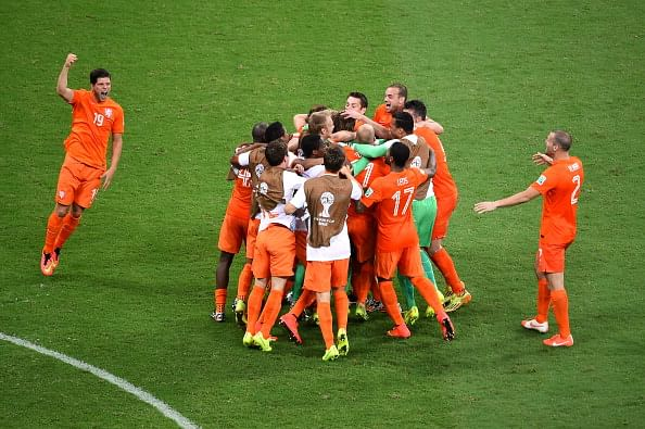FIFA World Cup 2014: Netherlands overcome Costa Rica on penalties to qualify for the semis