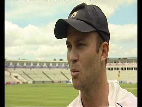 Video: Jonathan Trott catches a ball with his trouser pockets