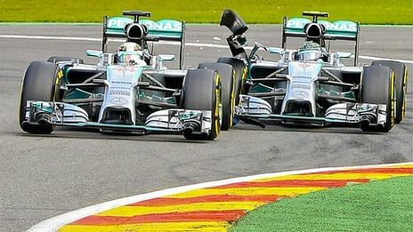 Hamilton and Rosberg free to battle it out despite crash