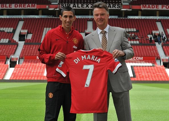 Cristiano Ronaldo reacts to Angel Di Maria getting the No.7 shirt at Manchester United