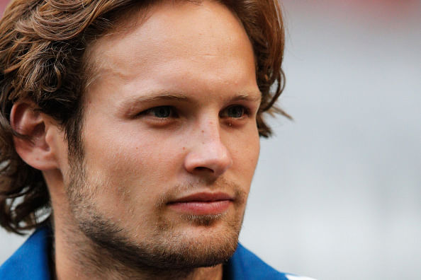 Manchester United sign Daley Blind from Ajax subject to medical