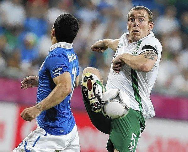 QPR's Ireland defender Richard Dunne quits internationals