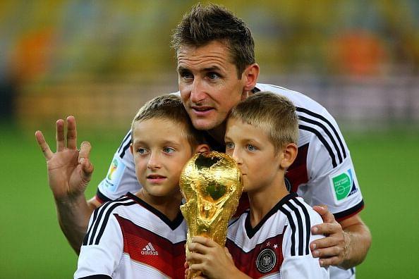 Miroslav Klose announces international retirement
