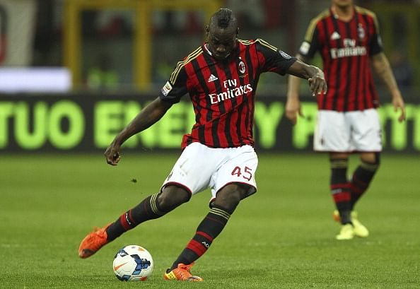 Report: Liverpool set to sign AC Milan striker Mario Balotelli
