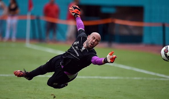 Pepe Reina seals Bayern Munich switch from Liverpool