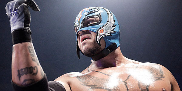 WWE and Rey Mysterio in an awkward situation, AAA contacted by WWE?