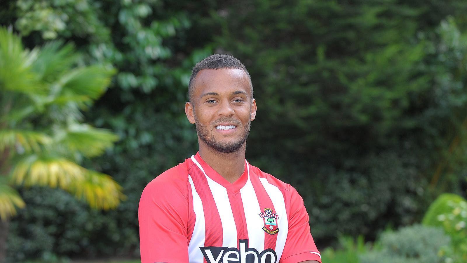 Chelsea left-back Ryan Bertrand loaned to Southampton
