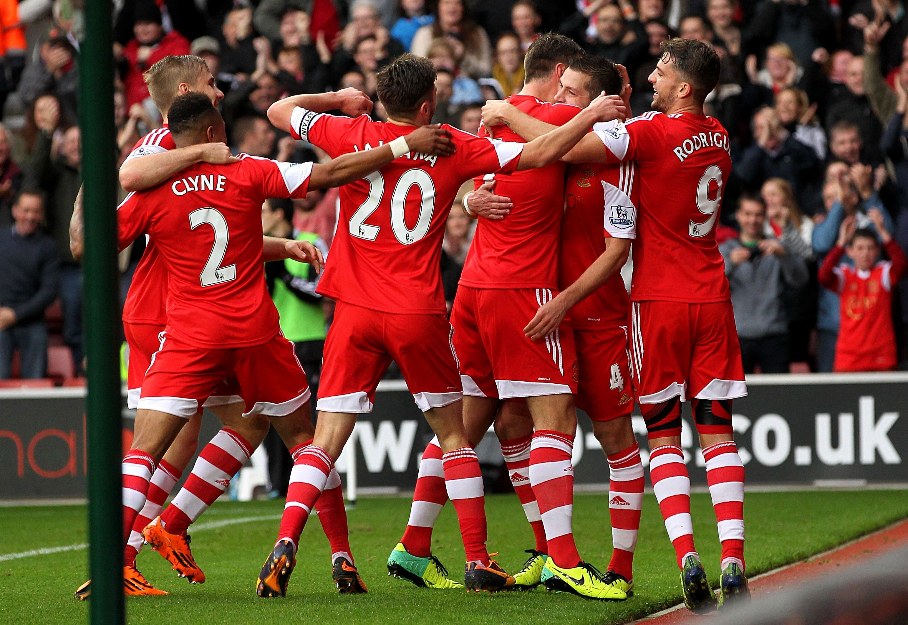 Southampton's identity and the similarities with Theseus' paradox