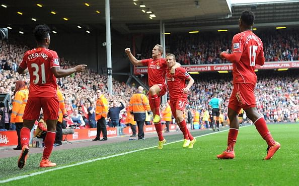 Highlights: Liverpool beat Southampton 2-1 to keep up with rivals