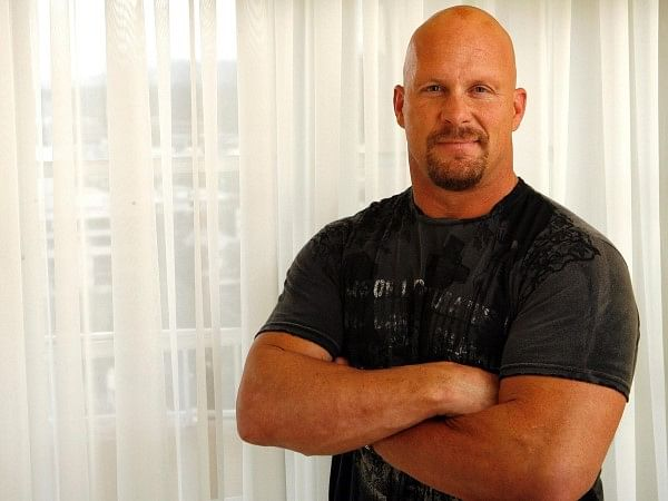Stone Cold hints towards a WWE comeback at Wrestlemania 32