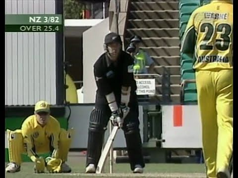 Video: Craig McMillan's awkward batting stance to tackle Shane Warne's leg-spin