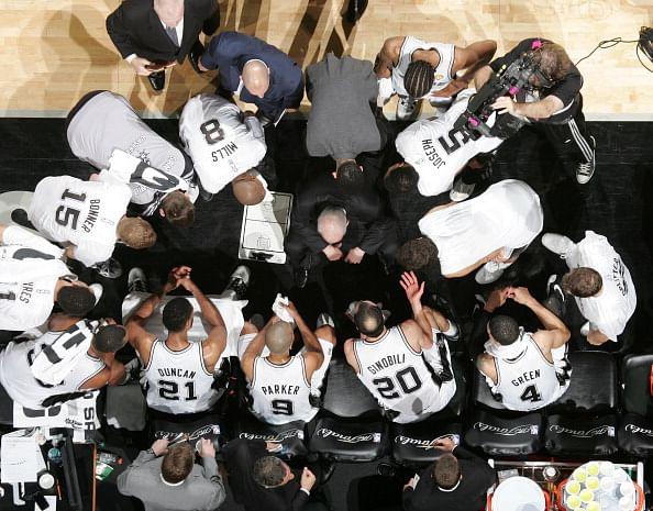 Pounding The Rock, a San Antonio Spurs community