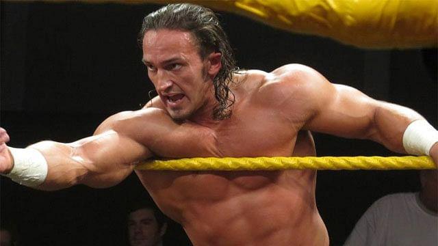 Интервью с Adrian Neville для WWE.com от (03.12.2014) [RUS]