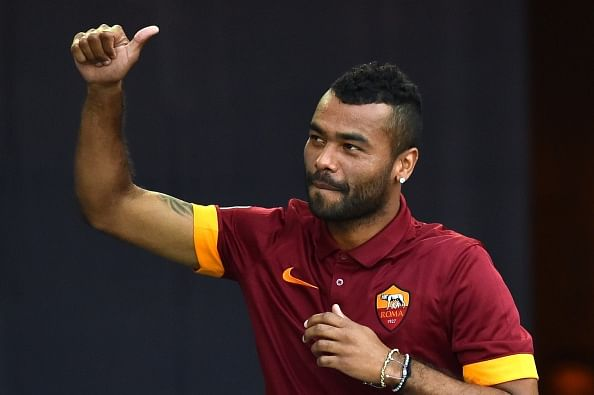 Ashley Cole does it again!