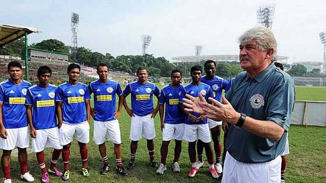ISL: A foreigner must learn to adapt to the many facets of life - Mumbai City FC assistant coach Darby