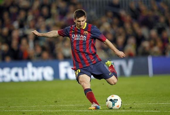Top 10 Free Kick takers in FIFA 15