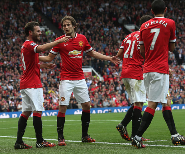 Manchester United 4 QPR 0 - Goals and highlights