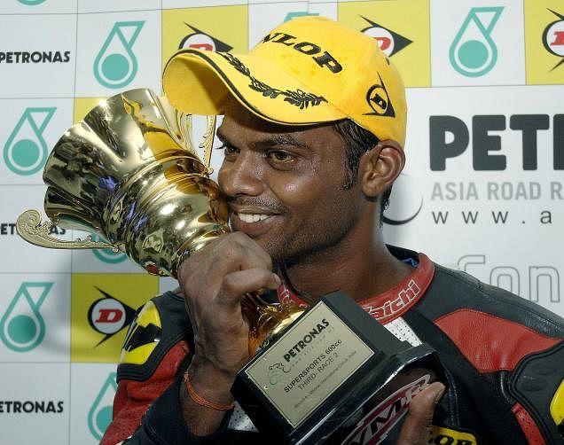 Indian National Motorcycle Racing Championship: Rajni Krishnan beats Sarath Kumar
