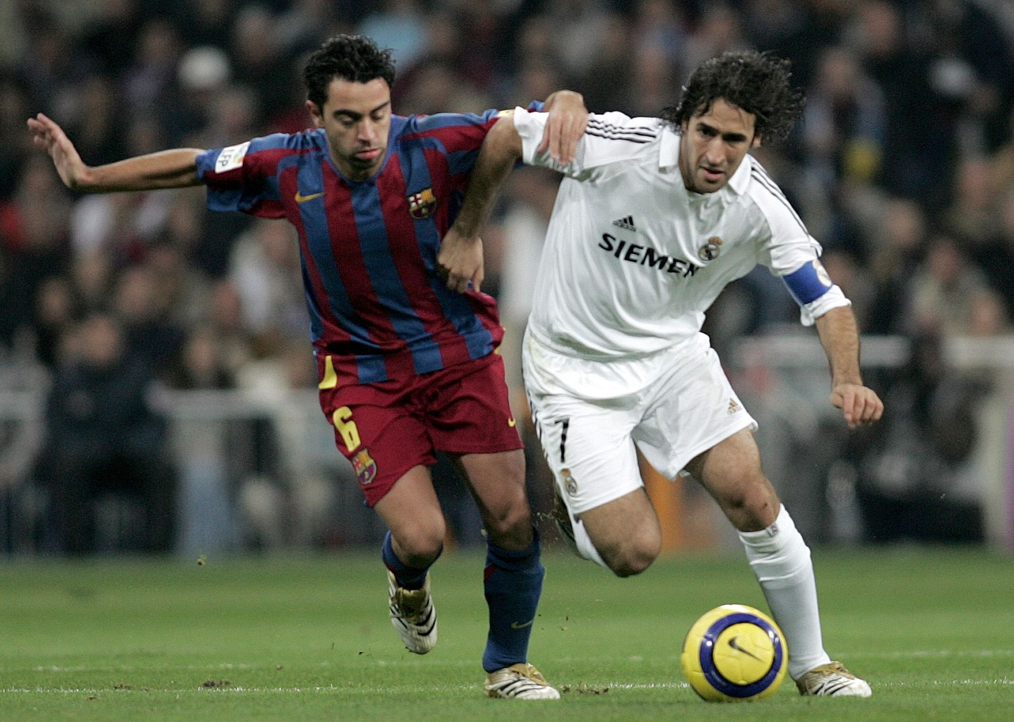 UEFA Champions League: Xavi equals Raul and sets sight on Giggs' record