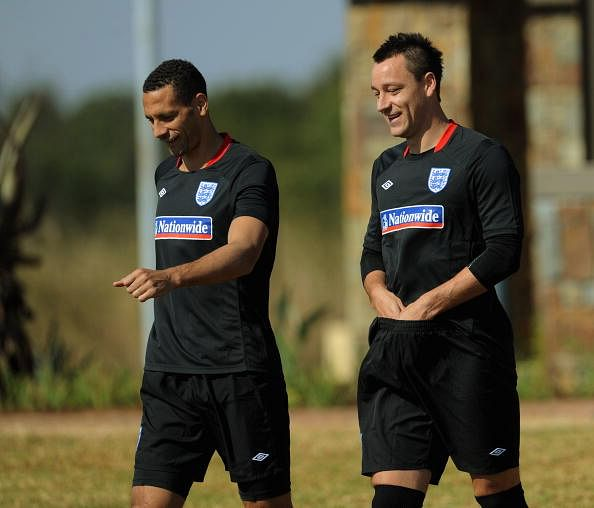 Rio Ferdinand brands John Terry an idiot in his autobiography