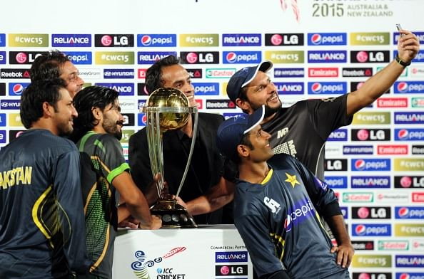 Shahid Afridi urges team-mates to rally for World Cup