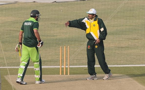 Javed Miandad: Shahid Afridi shouldn't take captaincy for granted