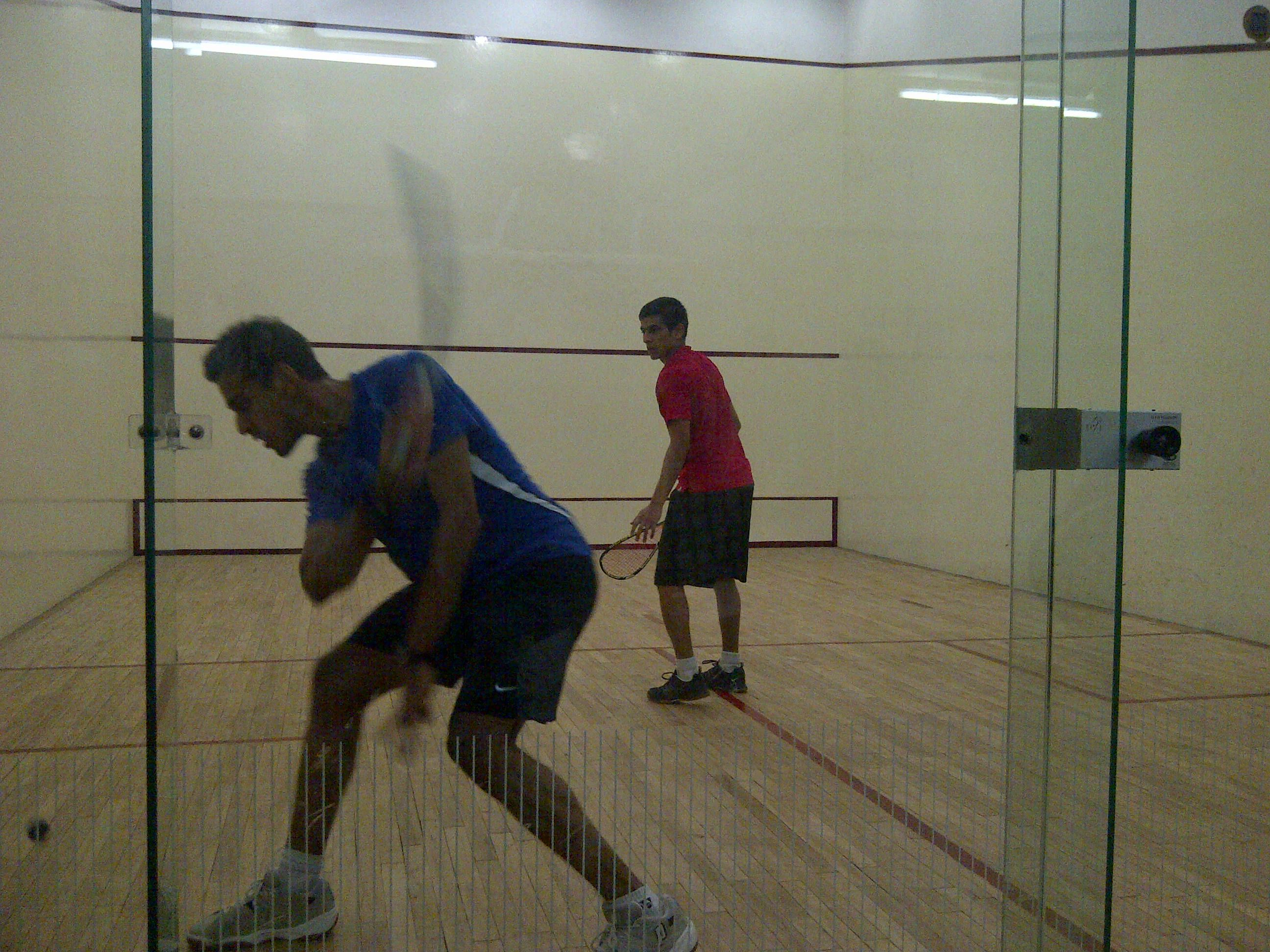 Dearth of public squash clubs in India