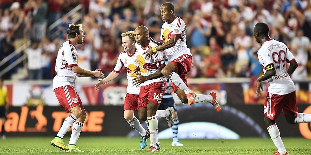 Red Bulls' Thierry Henry scores a screamer against Kansas City