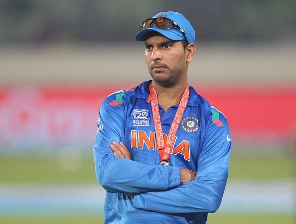 Rajiv Gandhi Excellence Award for Yuvraj Singh's cancer awareness initiative