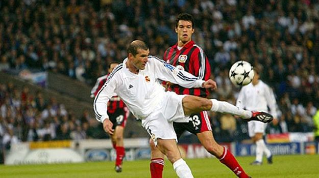 15 iconic goals by legendary players