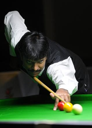 Balachandra Bhaskar beats Alok Kumar in World billards