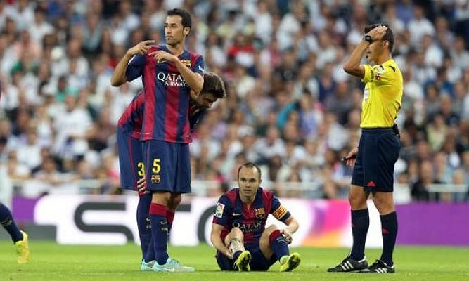 Andres Iniesta sidelined for three weeks due to calf injury sustained during El Clasico