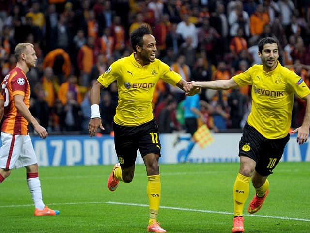 Highlights: Borussia Dortmund dismantle Galatasaray 4-0 to stay top of Group D