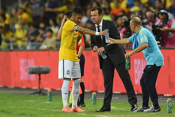 Video: Neymar breaks yet another rule, defies Brazil coach Dunga's instruction
